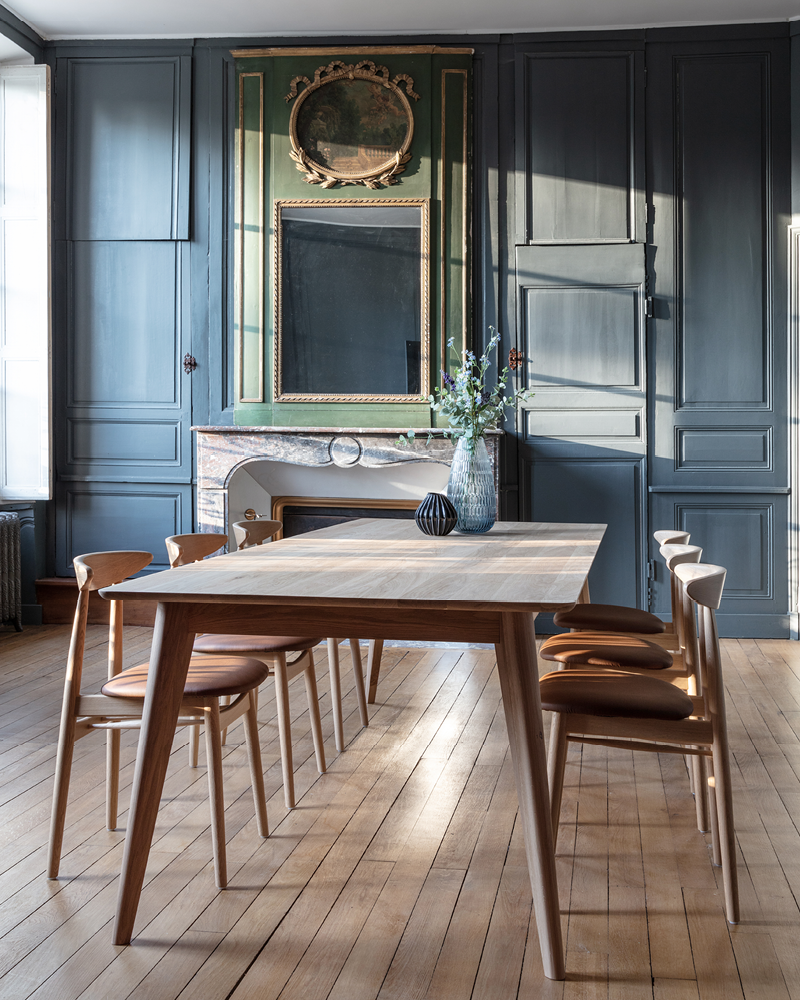 Vincent-Sheppard-Dan-dining-table-Teo-oak-dining-chair-upholstered