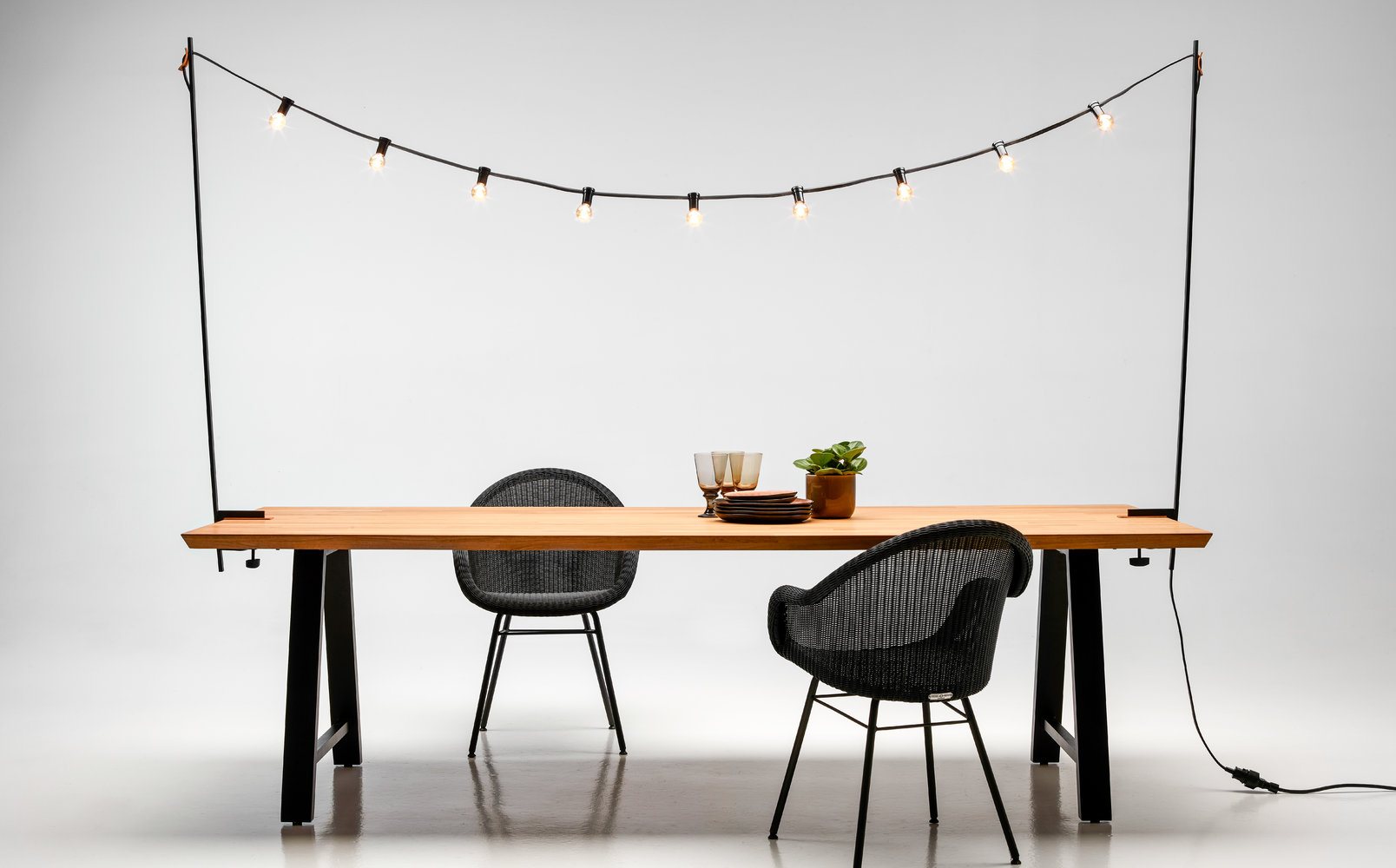 vincent-sheppard-edgard-dining-chair-steel-A-base-light-my-table
