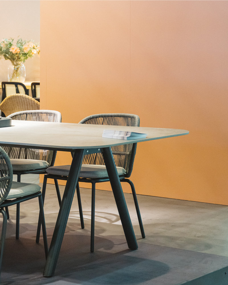 Kodo dining chair and dining table