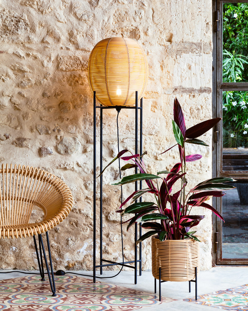 vincent-sheppard-cruz-lazy-chair-sari-floor-lamp-vivi-plant-stand