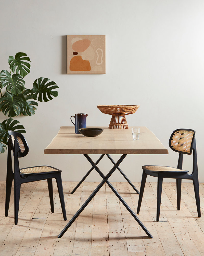 vincent-sheppard-titus-dining-chair-nora-dining-table